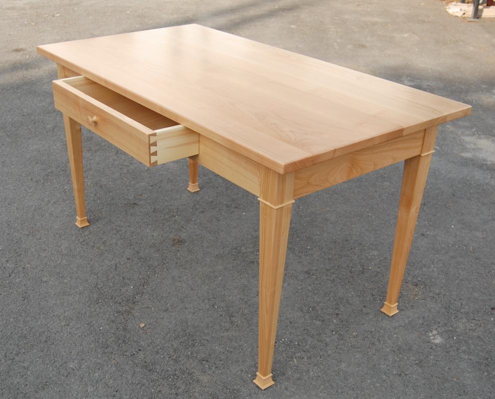 Asztal paddal - Constructii orgi